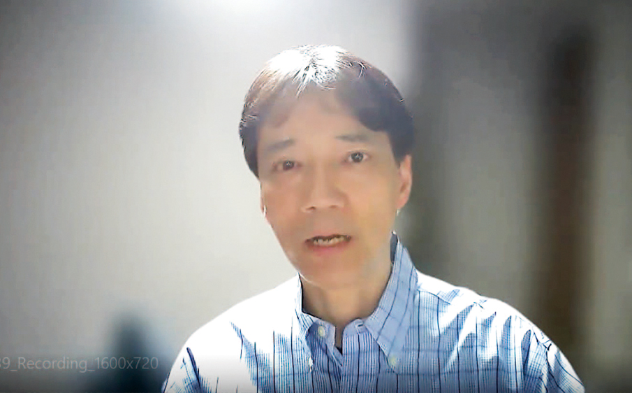 受講者の質問に回答する今井一彰氏。