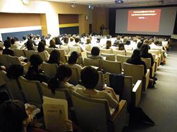 日本歯科大学校友会、「女性歯科医師の集い2013」を開催