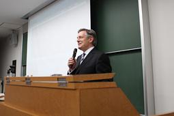 平成25年度 第1回 日本大学歯学部歯科インプラント科公開セミナー開催