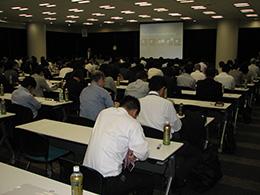 白水貿易、Dr. カヤット、牛窪先生、石井先生の歯内療法トリプルセミナーを開催
