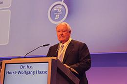 ドイツ・ベルリンにてクインテッセンス出版創立70周年記念大会開催